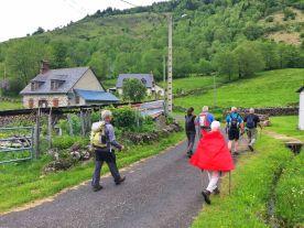 Arrivée au village de la Peyre del Cros